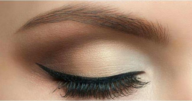 eyeliner haut